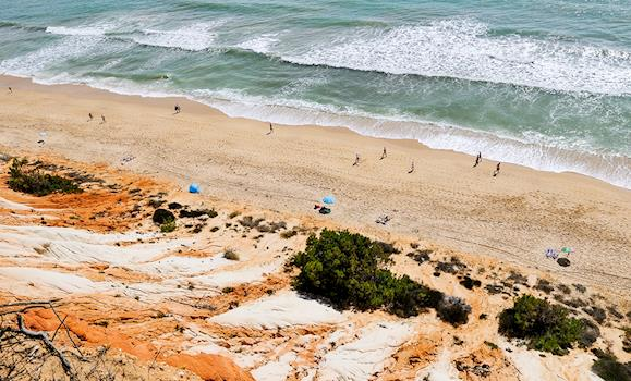 Escape Canadian Winter And Fly Away to Sunny Algarve in Southern Portugal