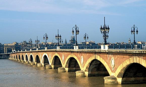 <small>River Bordeaux</small>
