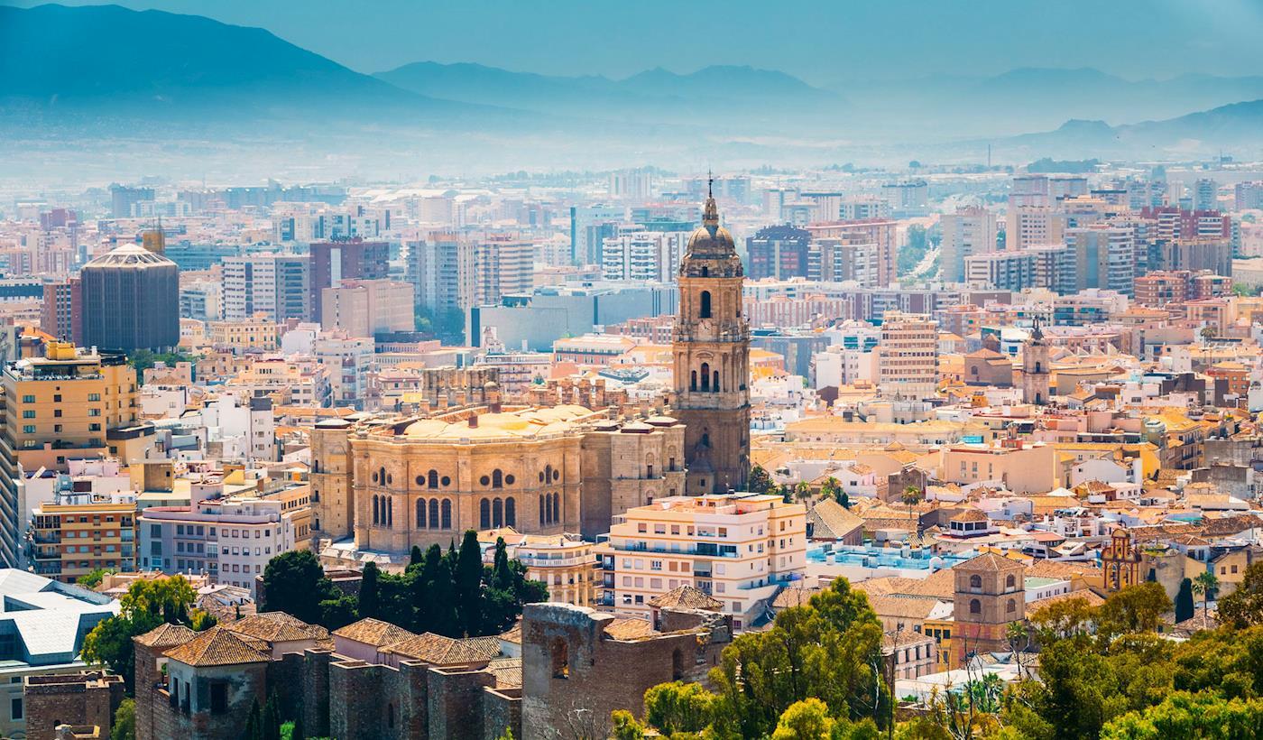 Cheap Flights And Hotels To Malaga
