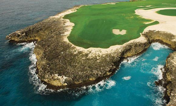 Tee Time in the Dominican Republic: Check Out These Five Golf Courses on Your Dominican Republic Vac